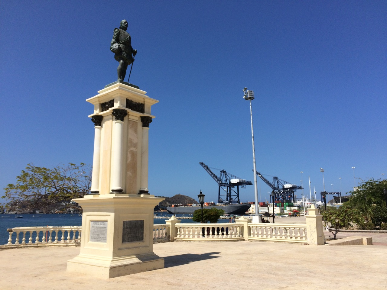 The statue of Rodrigo de Bastidas, the founder of Santa Marta