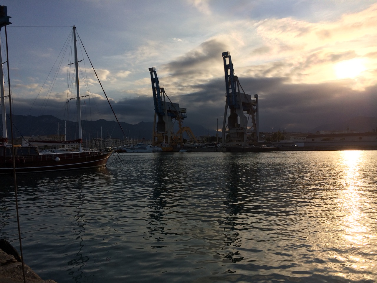 Sunset at the port of Palermo