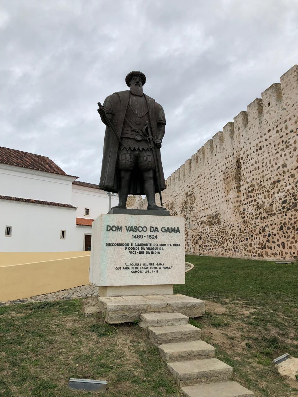 Vasco Da Gama Statue