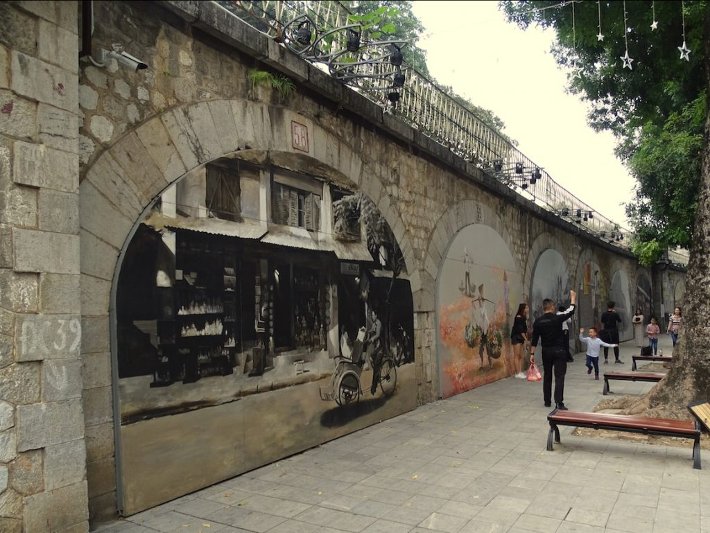 hanoi public art