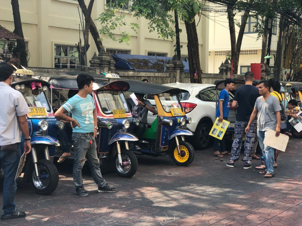 Bangkok tuk-tuk drivers are self-appointed Tour Guides