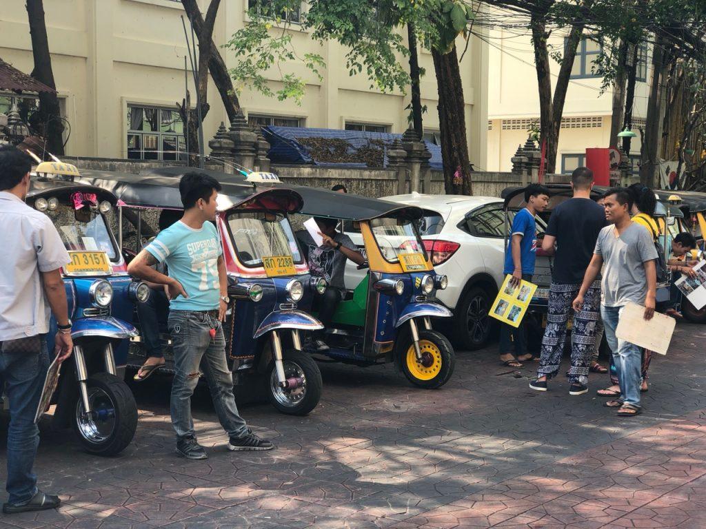 Bangkok tuk-tuk drivers are self-appointed Tour Guides