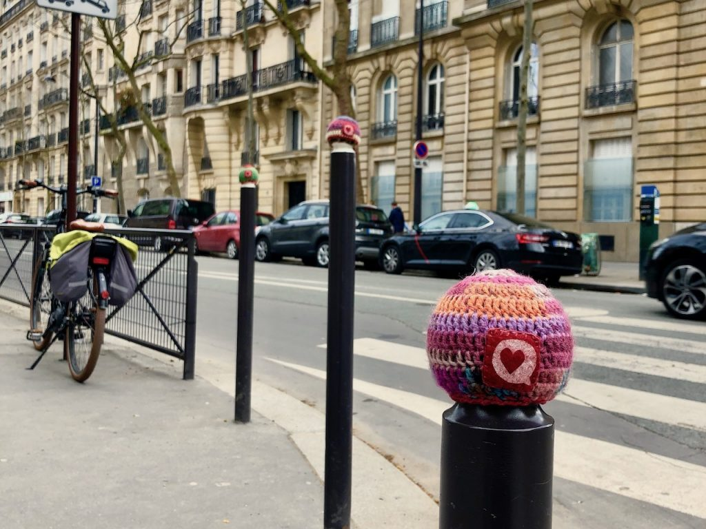 Knitting Art In Paris